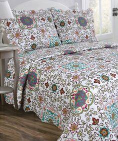 Candella Vintage Collection Reversible Quilt Set | Something special every day