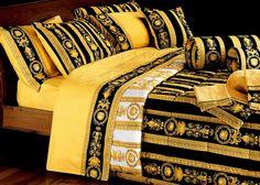 #Versace #Bettwäsche #Bedlinen #Biancheria da letto #Sabanas parure de lit Black Bed Sheets, King Size Bed Sheets, Cheap Bed Sheets, King Bedding Sets, Luxury Bedding Sets, King Comforter, Comforter Sets, Versace Bedding, Bedroom Sets For Sale