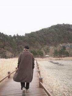 2019 в All Namjoon`s photo from Twi Kim Namjoon, Rapmon, Yoongi, Jung Hoseok, Seokjin, Bts Taehyung, Ellen Degeneres Show, Foto Bts, Kim Daily