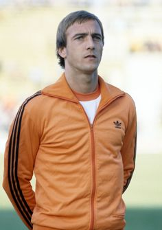 Johan Neeskens of Holland prior to the FIFA World Cup match between Scotland and Holland in Mendoza, 11th June 1978. Scotland won 3-2.