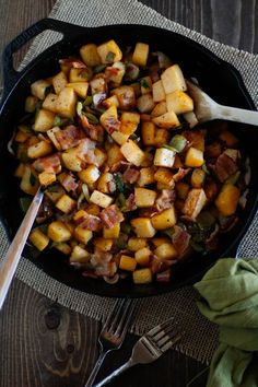 Rutabaga Hash with Chiles and Crispy Bacon -- awesome breakfast! If you've never had rutabagas, give them a try in this recipe -- the starchy little cubes will caramelize like fried potatoes. Use nitrate-free turkey bacon and saute in olive oil for maximum metabolism-friendliness.
