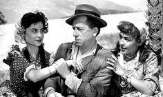 Ενδιαφέρουσες πληροφορίες και φωτογραφικό υλικό απο την ταινία, Λατέρνα, Φτώχεια Και Φιλότιμο Old Greek, Impressionist, Evolution, Che Guevara, Cinema, Couple Photos, Actors, Film, Movies