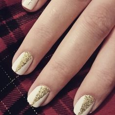 Gold glitter points