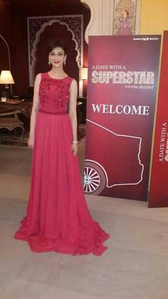 Saumya Tandon looks stunning in a Scarlet Gown from JADE's Collection Innana by Monica & Karishma. Punjabi Traditional Jewellery, Bridal Chuda, Prom Dresses, Formal Dresses, Looking Stunning, Fashion Outfits, Women's Fashion, Ball Gowns, Celebs