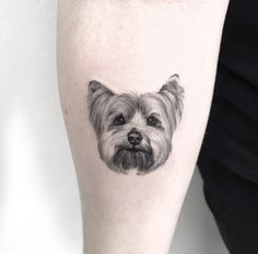 Be sure to meet the artists who specialize in animal tattoos - Be sure to meet the artists who specialize in animal tattoos - Mini Tattoos, Small Dog Tattoos, Baby Tattoos, Cool Tattoos, Tattoos Of Dogs, Tatoos, Tattoo Life, Tattoo Perro, Puppy Tattoo