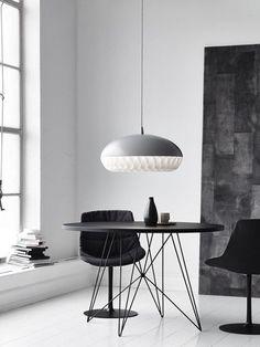 Een zwart wit interieur: waarom is het zo geliefd? Wij laten met deze 10 voorbeelden zien wat er zo mooi is aan een zwart wit interieur. Kijk je mee?