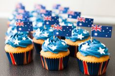Cupcakes Australia Cupcakes Australië Cupcakes, Cupcake Cakes, Themed Parties, Party Themes, Australia Day, Potluck Recipes, Party Drinks, Cake Ideas, Food And Drink