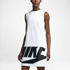 Street style that's made to move. The Nike Sportswear Women's Dress is made with stretch fleece fabric for effortless street style and lasting comfort.
