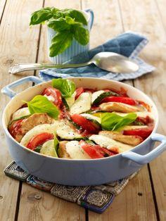 Schnitzel kann man prima variieren - mit frischem Gemüse, einer knusprigen Panade oder mal überbacken aus dem Ofen. Mit nur 5 Zutaten zum Schnitzel Genuss.