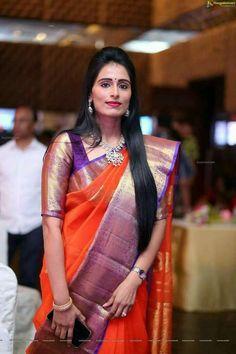 Ideas Bridal Saree Kanchipuram Orange For 2019 Pattu Saree Blouse Designs, Half Saree Designs, Fancy Blouse Designs, Bridal Blouse Designs, Bridal Sarees South Indian, Indian Bridal Fashion, Fancy Sarees, Silk Sarees, Satin Saree