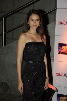 Aditi Rao Hydari at Movie Jolly LLB Premiere.