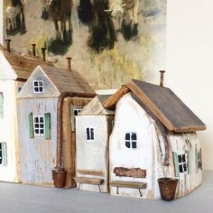 Sea Crafts, Wooden Crafts, Putz Houses, Fairy Houses, Earthy Home, Scrabble Wall Art, Glitter Houses, Country Crafts, Wood Ornaments