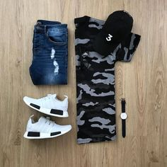 Starting my weekend right with a cozy outfit 🤙🏻 Please rate this weekend outfit below ⤵️ . Chubby Men Fashion, Trendy Mens Fashion, Men Fashion Show, Mens Fashion Suits, Men's Fashion, Lesbian Outfits, Swag Outfits Men, Stylish Mens Outfits, Smart Casual Outfit