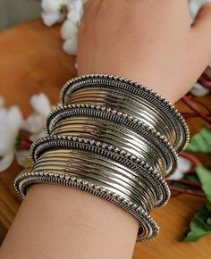 Antique Jewellery Designs, Fancy Jewellery, Silver Jewellery Indian, Stylish Jewelry, Silver Jewelry, Fashion Jewelry, Ethnic Jewelry, Clean Jewelry, Egyptian Jewelry