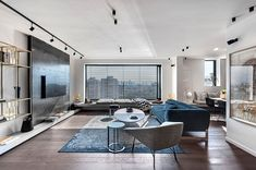Apartment In An Old Established Building In Tel Aviv - Picture gallery London Living Room, Home Living Room, Apartment Living, Living Room Designs, Living Spaces, Modern Apartment Design, Bedroom Setup, Living Comedor, Contemporary Interior Design