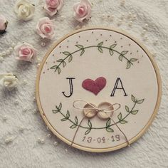 Wedding rings in embroidery frame by hand. - Wedding rings in embroidery frame by hand. Wedding rings in embroidery frame by hand - Diy Embroidery Shirt, Hand Embroidery Videos, Wedding Embroidery, Flower Embroidery Designs, Hand Embroidery Stitches, Learn Embroidery, Vintage Embroidery, Beaded Embroidery, Crewel Embroidery