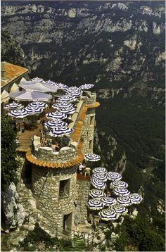 Cliffside Cafe Gourdon France, One day!
