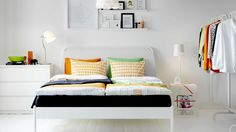 Small bedroom tumblr google search home pinterest for Relooker sa chambre a coucher