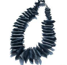 collane Caracol | So Critical so Fashion, la moda alternativa allarga i suoi spazi ...