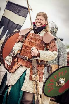 real, functional, battle-proof padding and armor doesn't look quite as elegant as Lagaertha's biker gear, but still badass. Cool viking fighter chick. Shieldmaiden