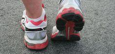 Für Laufeinsteiger ist der Anfang nicht immer einfach. Wie beginne ich mit dem Training, welche Laufkleidung? Auf Laufen total gibt es Tipps und Anregungen.