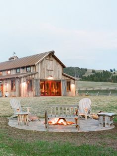 The Ranch at Rock Creek Philipsburg, Montana. Barn House Plans, Barn Plans, Pull Barn House, Barn Shop, Barn Living, Barn Wedding Venue, Decor Wedding, Montana Wedding Venues, Wedding House