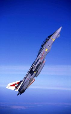 classicnavalair:  @ClassicNavalAir Eighty years of VF-14 Tophatters. #TomcatTuesday https://t.co/GXSxV7JQ46