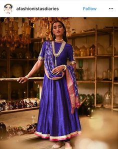 Take A Look At This Great Fashion Information! Choli Dress, Anarkali Dress, Lehenga, Sarees, Ghagra Choli, Indian Attire, Indian Wear, Kurta Designs, Blouse Designs