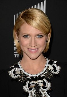 Brittany Snow's simple, straight bob gives her a polished finish.