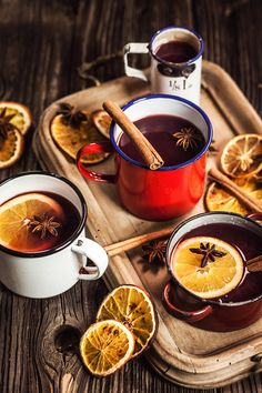 Try 2 in You will love fragrant Christmas drinks - Proženy Best Mulled Wine Recipe, Sangria Recipes, Wine Recipes, Smoothie Recipes, Wine Slow, Food Photography Tips, Christmas Drinks, Christmas Colors, Recipes