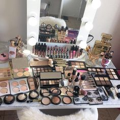 I want this to be my makeup collection