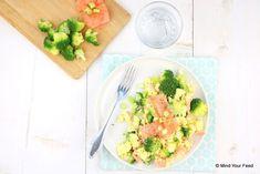 Roerei met zalm en broccoli - Mind Your Feed