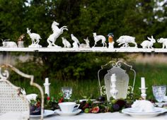 Animals, Nymphenburg porcelain, decoration for a garden party