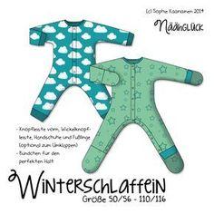 Winterschlaffein ist ein bequemer Schlafanzug mit überlappender Knopfleiste. Für Windelkinder ist eine Option mit Knopfle...