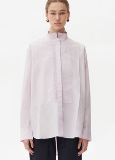 Masculine shirt in cotton poplin. Discover the latest tops and shirts collections on Céline Official Website Fashion Now, Girl Fashion, Fashion Dresses, Womens Fashion, Fashion Design, Celine, White Shirts, Street Chic, Pretty Outfits