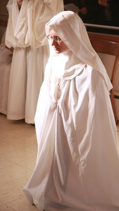 profession : beautiful !The Cistercian Nuns of Valley of Our Lady Monastery