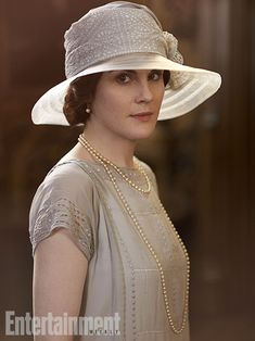 Downton Abbey Season 4 Michelle Dockery as Lady Mary Crawley. Downton Abbey Costumes, Downton Abbey Fashion, Matthew Crawley, Lady Mary Crawley, Derby, Michelle Dockery, Art Deco, Portrait Photo, Vintage Fashion