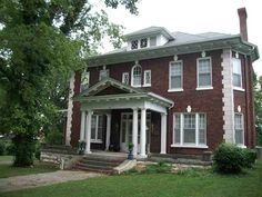 1916 Colonial Revival - Russellville, KY - $215,900 - Old House Dreams