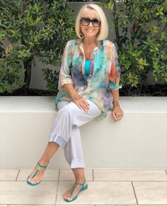 Best Outfits For Women Over 50 - Fashion Trends Over 60 Fashion, Mature Fashion, Older Women Fashion, Over 50 Womens Fashion, Fashion Over 50, Plus Size Fashion, Mode Outfits, Chic Outfits, Fashion Outfits