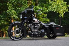 Awesome Harley Davidson Street Glide !!