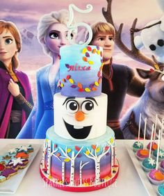 "For Frozen-loving kids, going ""Into the Unknown"" of a new age means a birthday celebration with friends and family that includes a delicious cake, Bolo Frozen, Anna Frozen Cake, Disney Frozen Cake, Disney Cakes, Frozen Fever Cake, Frozen 2, Frozen Birthday Party, Olaf Birthday Cake, Frozen Theme Party"