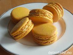 Lemon macarons (norwegian recipe) Yummy....
