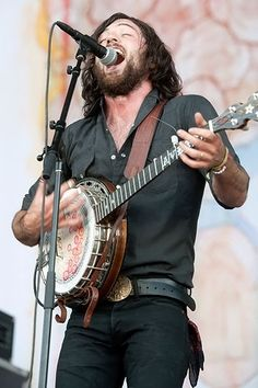 The Avett Brothers Bonnaroo 2012 ... this is why my son insists on *strumming* his banjo ;)