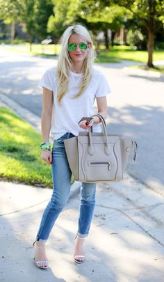 simple white t-shirt