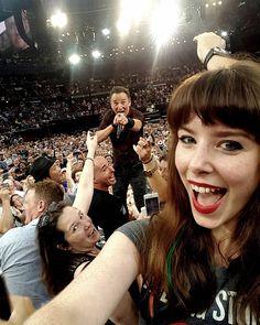 Das perfekte Springsteen-Selfie – in vielerlei Hinsicht Letzte Woche landete Jessica Bloom mit diesem Schnappschuss einen Instagram-Hit. Der perfekte Selfie-Moment mit Bruce Springsteen wurde jedoch nicht...
