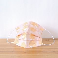 Very cute hedgehog's!! ※This fabric is antibacterial deodorizing.  TEMARIYA masks are all hand made with soft, skin-friendly double cotton gauze. ...