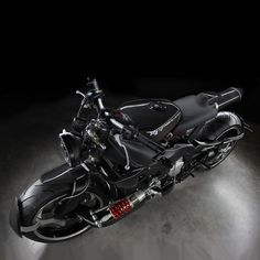 Coming courtesy of Frenchman Ludovic Lazareth and his studio, this new Yamaha YZF custom provides with a glimpse into the future of the motor company. Yamaha Motorcycles, Yamaha Yzf R1, Cars And Motorcycles, Vin Diesel, Cars Characters, Bad To The Bone, Mens Gear, Bike Art, Back To The Future