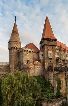 "bonitavista: "" Corvin Castle, Hunedoara, Romania photo via tiffany "" Chateau Medieval, Medieval Castle, Castle Ruins, Castle House, Mansion Homes, Romania Travel, Château Fort, Palaces, Fairytale Castle"