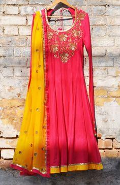 Pink mul mul kalidar faresha embroidered kurta set with a yellow chiffon embroidered dupatta