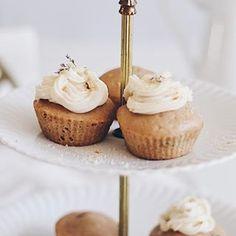 maria eugênia (@blueberryfinds) • Instagram photos and videos Vegan Lifestyle, Plant Based Diet, Mini Cupcakes, Cruelty Free, Videos, Desserts, Photos, Instagram, Food